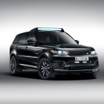 Range Rover Sport. Spectre © 2015 Danjaq, LLC and United Artists Corporation. All rights reserved.